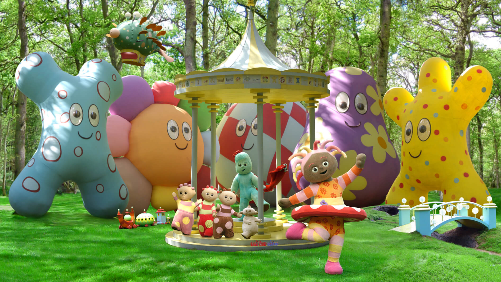 In the Night Garden Gazebo Dance